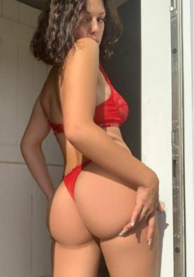אליזבט – הבחורה הכי מקסימה שבה לחיפה
